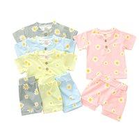 Kids Baby Pajamas костюмы 4 цвета Дейзи напечатаны Pijamas Младенческие девушки Кнопка футболки с коротким рукавом Короттки Baby Boys Boyswears 06210310