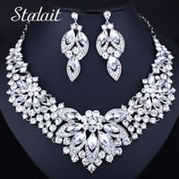 Earrings & Necklace Design Chic Flower Hollow White Crystal Jewelry Set Wedding Bridal Costumer Accessories For Women