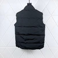2021 New style men and women vests Down jacket vest Keep warm mens stylist winter jackets thicken outdoor coat essential cold protection CANADA Doudoune size S-2XL
