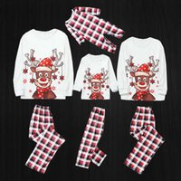 2020 Family Christmas Pajamas Matching Clothes Deer Adult Child Mother And Daughter T-Shirt Pants Xmas Sleepwear Pjs Outfit Set H1014