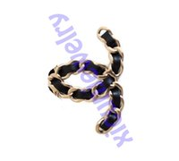 Chaannel Charms Letter Brooches Pearl Gold Pins Fashion Pin Top Crystal Diamond Brooch Aperto come c
