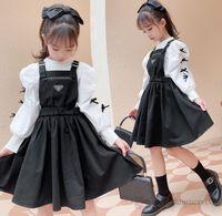 Große Kinder Prinzessin Kleidung Sets Mädchen Bögen Puff Sleeve Bottings Hemd + Hosenträger Falten Kleid 2 stücke Herbst Kinder Kleidung Q1686