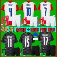 팬 + 플레이어 Modric Mandzukic 축구 유니폼 Croacia National Team 2021 2022 Camisetas de Fútbol Perisic Rakitic Kovacic Pre Match 남성 키트 축구 셔츠