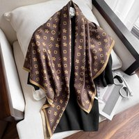 Schals Seide Schal Damen Mode Foulard Satin Schal Große Größe 90 * 90 cm Quadratisches Haar / Kopf Bandana Hijab Taschentuch