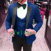 Handsome Embossing Groomsmen Peak Lapel Groom Tuxedos Mens Wedding Dress Man Jacket Blazer Prom Dinner suits (Jacket+Pants+Tie+Vest) W785