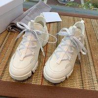 Senhoras de alta qualidade sapatos casuais Designer antiderrapante sapatos desportivos plana Sapatos ao ar livre de produção de fábrica respirável Concessões