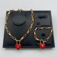 Collier de design Womendijia / Dejia Collier étoile en forme de coeur Femme Net Filet Rouge Love Caoutchouc Pendentif Femme BRACELET 573 T2