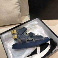 2021 Frühling Sommer Frauen Luxus Designer Sandalen Mode Gute Qualität 7 Farben Echtes Leder Hakenschlaufe Flat Heeel 35 bis 40 Kontaktieren Sie den Verkäufer Anpassen der Größe 41 oder 42