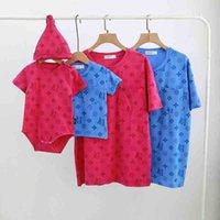 Luxurys Roupas Romper T-Shirt Imprimir Verão Família Família Mãe Filho Filho Filho Crianças Filha Conjunto de Roupas Terno de Bebê G57ucmq