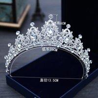 2022 Sparkling Bling Crystal Headpieces Rhinestone Utsmyckad Bridal Crown Ny Design Brudens topp Försäljningshuvud Tiaras Tillbehör