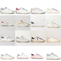 İtalya Marka Süper Yıldız Sneakers Altın Lüks Ayakkabı Kadın Sneaker Moda Superstar Klasik Beyaz Do-Eski Pullu Kirli Tasarımcı Adam Rahat Ayakkabılar