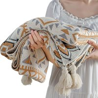 Blankets Women Shawl Blanket With Tassels Home Textile Keep Warm Multifunction Outdoor Camping Acrylic Fiber Knitted Bohemian Jacquard