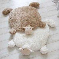 Ins super süße Schafe kreative Teppich Home Haustier Cartoon Entry Pad Sofa Kissen warme Fußbodenmatte Home Decor Geschenk für Freunde 210724