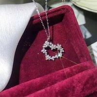 Marka Unikalne Serce Wisiorek Handmade Luksusowe Biżuteria 925 Sterling Silver Pave White Sapphire Diament Party Kobiety Naszyjnik obojczyk 1063 B3
