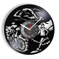 Duvar Saatleri Triatlon LP Kayıt Saati Triatlet Adam Mağara Dekor Yüzme Bisiklet Koşu Multisport Yarışı Modern Kuvars
