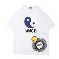 2021 Printemps Summer East style Chinois Skateboard Hommes T-shirt Femmes Vêtements Sourire Coton Tee Tshirt