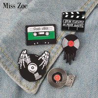 Yutong Punk Music Lovers Snowamel Pin Good Vibes Tape DJ Vinyl Record Player Badge Bad BOOCH Spille Jeans Jeans Camicia Cool gioielli Gothic regalo