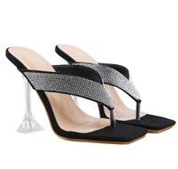 # 54990 Yaz Kadın Sandalet Kare Başkanı Kristal Strass Rhinestone Flip Flop Terlik Kadın Ayaklar Seksi Sandal ve Terlik Kadın Mizaç Lady