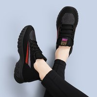 Summer Woman casual shoes breathable mesh particles shock-absorbing jogging sneakers outdoor walking flats 35-40 factory sale fast ship