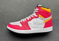 1s Light Fusion Red 1 Men Basketball Shoes White Laser Orange Black Sports Sneakers Outdoor Trainers