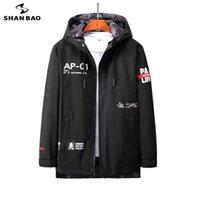 Shan Bao classico Trend Moda Lettera stampa Uomo Giacca Casual Molla Giacca con cappuccio di grandi dimensioni 5XL 6XL 7XL 8XL 210531
