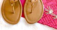 Sandálias de moda Rebite Chinelos Flat Bow Nó Created Sapatos Jelly Platform Sandal Mulheres Flip Flops com Box 35-41