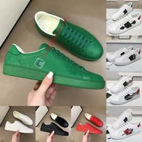 Luxurys Designers Shoes Top Quality Ace Bee Sneakers Triple Black White Red Leather Casual Dress Wedding Flats Heels Bottom Shoe Trainers des chaussures
