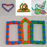 Wacky Tracks Snap and Click Fidget Toys DIY Kids Autism Snake Puzzles Sensory Educational Decompression Toy 2409 Q2