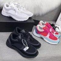 2021 Designer Sneaker di lusso Donne Donne Donne Riflettente Scarpe Casual Genuine Sneakers in vera pelle Party Velvet Velfskin Misto Fibra di alta qualità Scarpa 35-45