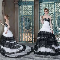2015 Sexy Mermaid Wedding Dresses Lace Sweetheart Neckline Strapless Black and White Tired Skirt Lace Up Court Train Denia Bridal
