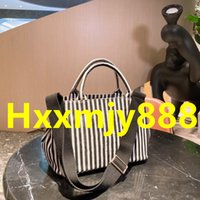 High Quality Women's Luxurys Designers Sexy Bags Leopard Print Saddle Pouch Cosmetic Nice Makeup Bag Cases Linen Cotton Striped Shopping-Bag Beach 30*21CM