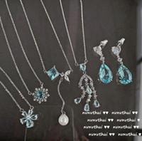 Cadenas Vintage Aquamarine Flor Collar 18k Chapado en oro Aqua Azul Zircon Gotas de agua Rhinestone COMPLETO Necklac