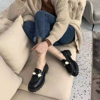 2021 designer latest fashion women's dress shoes, leather material electric embroidery bee shows luxury and elegance, you deserve to have