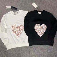 Donne con cappuccio felpa designer uomini Tops Classic Heart Letter Fashion Casual Womens Top Tees Slip Allentato Breve Maglione manica lunga T Shirt Solid Abbigliamento