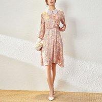 이른 봄 작은 신선한 꽃 스커트 패션 스티치 스티칭 대비 수 놓은 칼라 허리 긴 소매 스윙 드레스