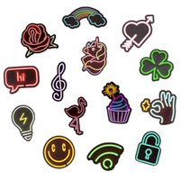 Stickers muraux 50 pcs imperméable graffiti néon signer des décalques pour la décoration de fête DIY Ordinateur portable Skateboard Skateboard Guitare Guitare Guitare Cadeau de moto Cadeaux Eivvv