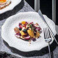 Geschirr Teller Antike geprägte Spitze Keramik Teller Salat Steak Dinner Plate Reine weiße flache Tablett Nordische Geschirrtrainerwaren Servieren Platte