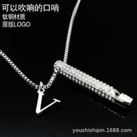 Qualità Jiakou Whistle Collana Diamond Inlaid Pendant può soffiare la tendenza degli uomini e delle donne, gioielli Versione alta Stainls Acciaio