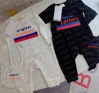 Baby Rompers Classic Lettre Girls Boyses Onesies avec BIB NOUVEAU NEUN NOUVEAU Jumpseau Jumpsuits Enfants Vêtements