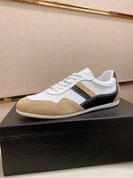 Hombre Casual Zapatos Sendero Zapatillas de deporte Zapatillas de deporte Sopa de goma Suede Cuero Mans Diseñadores Transpiradores Mesh Sneakers Trainers Corredor Lace-Up Piso con caja 38-44