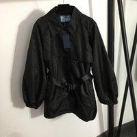 Модный треугольник значок женские пальто зимний осень бренд траншея пальто личности ремень орнамент женские ветровки