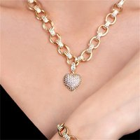 Cwwzircons 585 Cor de ouro Cubic Zirconia Dangle Love Heart Forma Charme Pulseira Pingente Colar Mulheres Traje Jóias Conjunto T468 1762 Q2