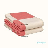 Design Retro Nova Manta Lançamento Cobertor Crochet Cachecol Macio Scarf Shawl Sofá Quente Sofá Cama Cama De Malha Cobertura de Cabo Coberturas D