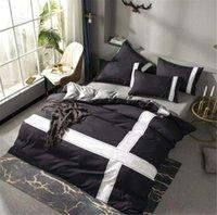 Mode King Size Designer Bettwäsche Set Abdeckungen 4 Stück Bedruckte Baumwolle Black Duvet Cover Luxury Queen Bettbettschuhe mit Kissenbezug Fast Ship