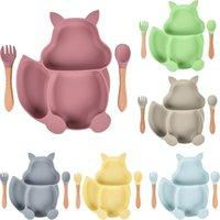 Baby Silicone Bowl Dibujos animados Placa Conjunto Autoimida ANTILIZA SAUCER Succión Vajilla para niños Plato de silicona para destete LED GWF10059