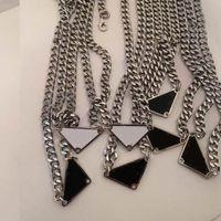 Mode Trianglanecklace Pendentif de Prestige Colliers d'amour Bracelet pour homme Femmes Designer Bijoux Bracelets avec boîte de canal Cadeau Grossiste en gros