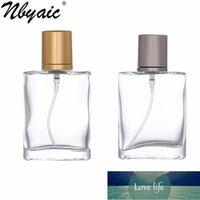 50 stücke 30ml 50ml High-End-tragbares transparentes Glasparfüm mit goldenen und grauen Kappen, leerer Flaschenspray