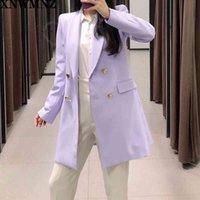 Xnwmnz المرأة شيك الأرجواني السترة مزدوجة الصدر طويل الأكمام مكتب ارتداء معطف الصلبة الإناث عارضة قميص قمم ZA بلوزة 210510