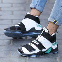 Amantes 2021 Basquete Alto Top James Boots Respirável Lightweight Wear Resistente Estudante Esportes Casuais Sapatos Homens 7D7i