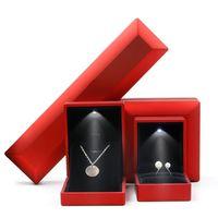 Luxury Bracelet Box Square Wedding Pendant Ring Case Jewelry Gift Box with LED Light for Proposal Engagement Wedding 2049 Q2